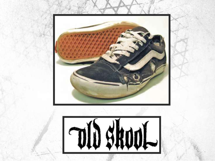 Style #36 - Old Skool aka the Jazz Shoe Introduced in 1977 Первая модель с ис...