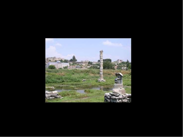 В пору Средневековья от величественного храма не только не осталось и следа, ...