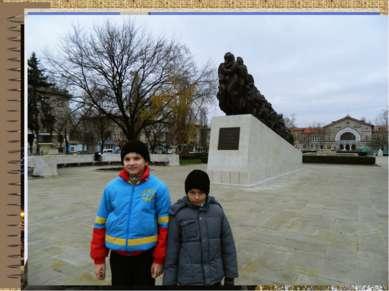 Эти памятники напоминают нам о важных исторических событиях. Также об историч...